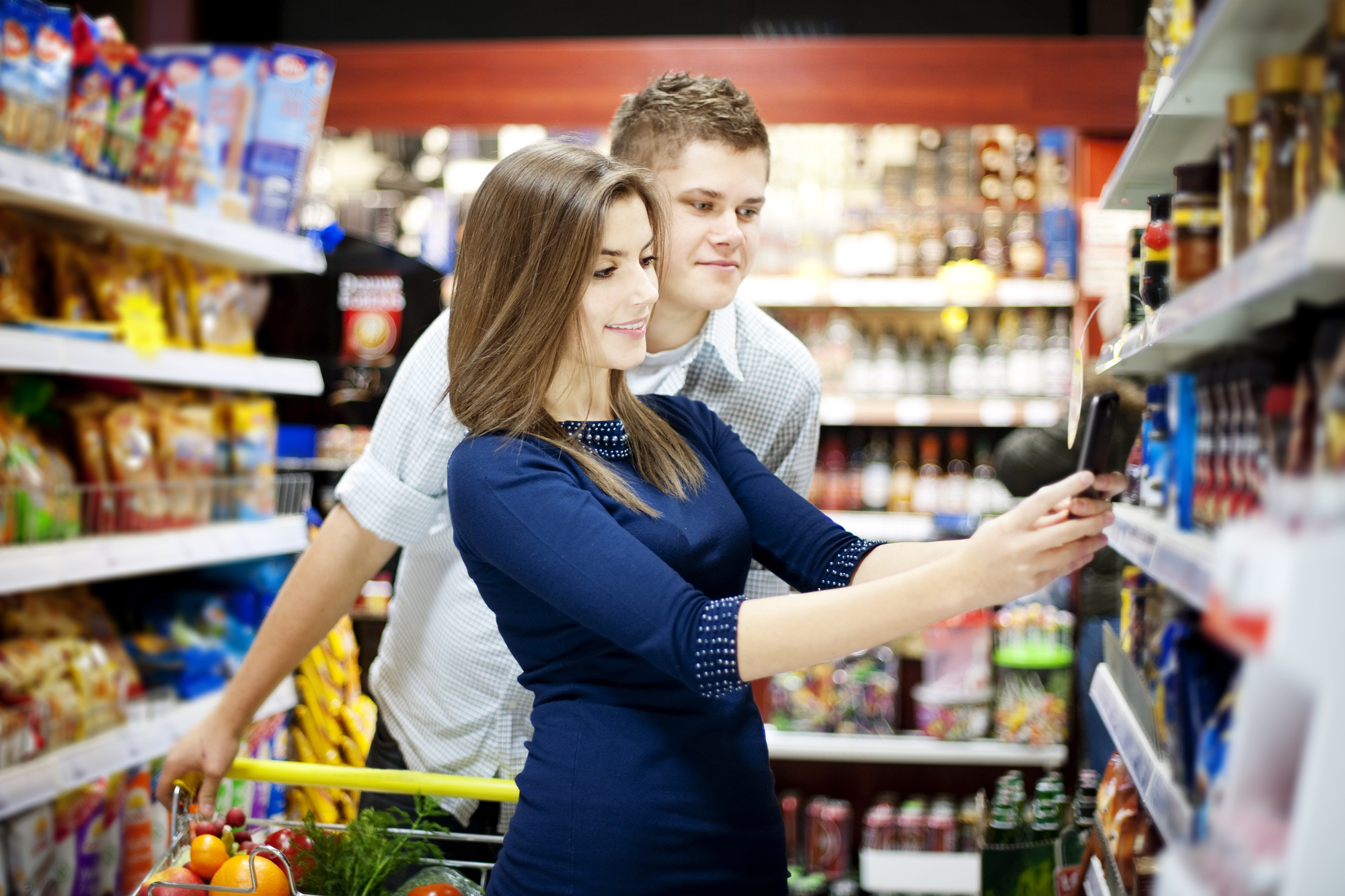 Some apps will pay you to grocery shop