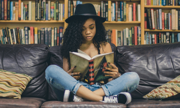 Get Paid to Read Books – 9 Ways That Actually Work
