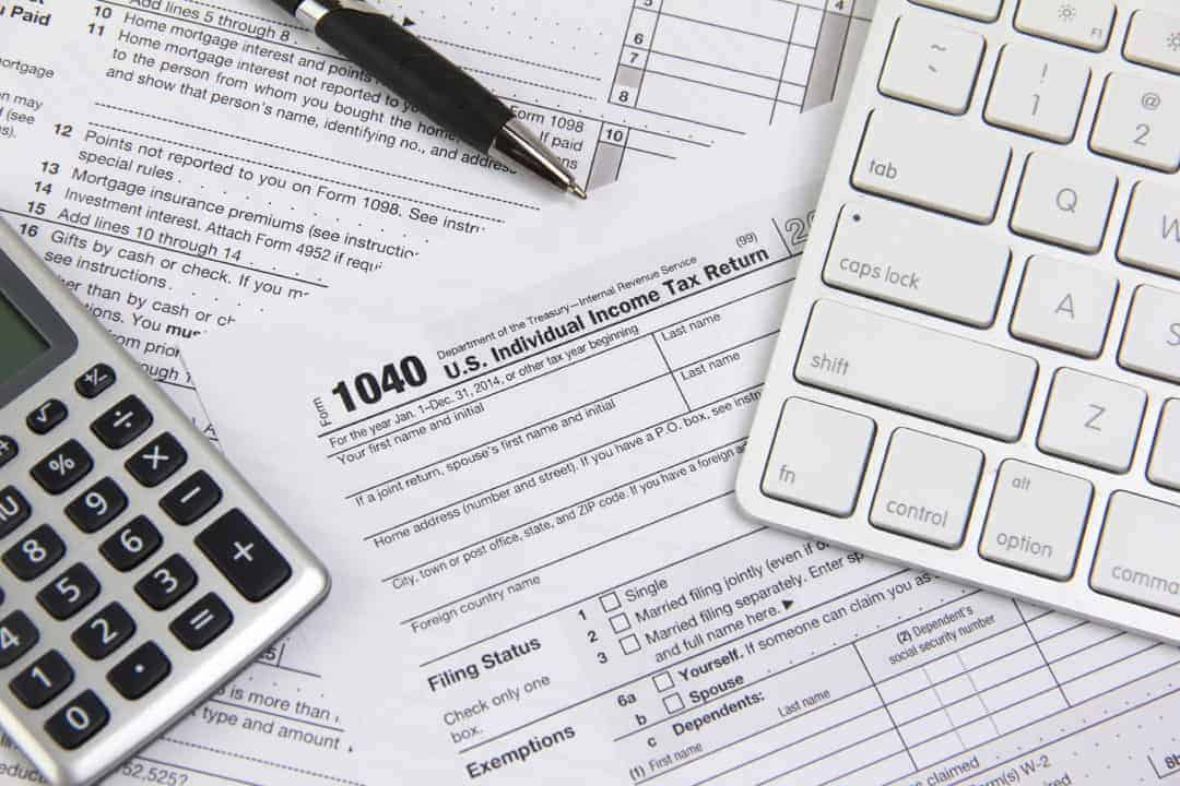 Filing online taxes before deadline