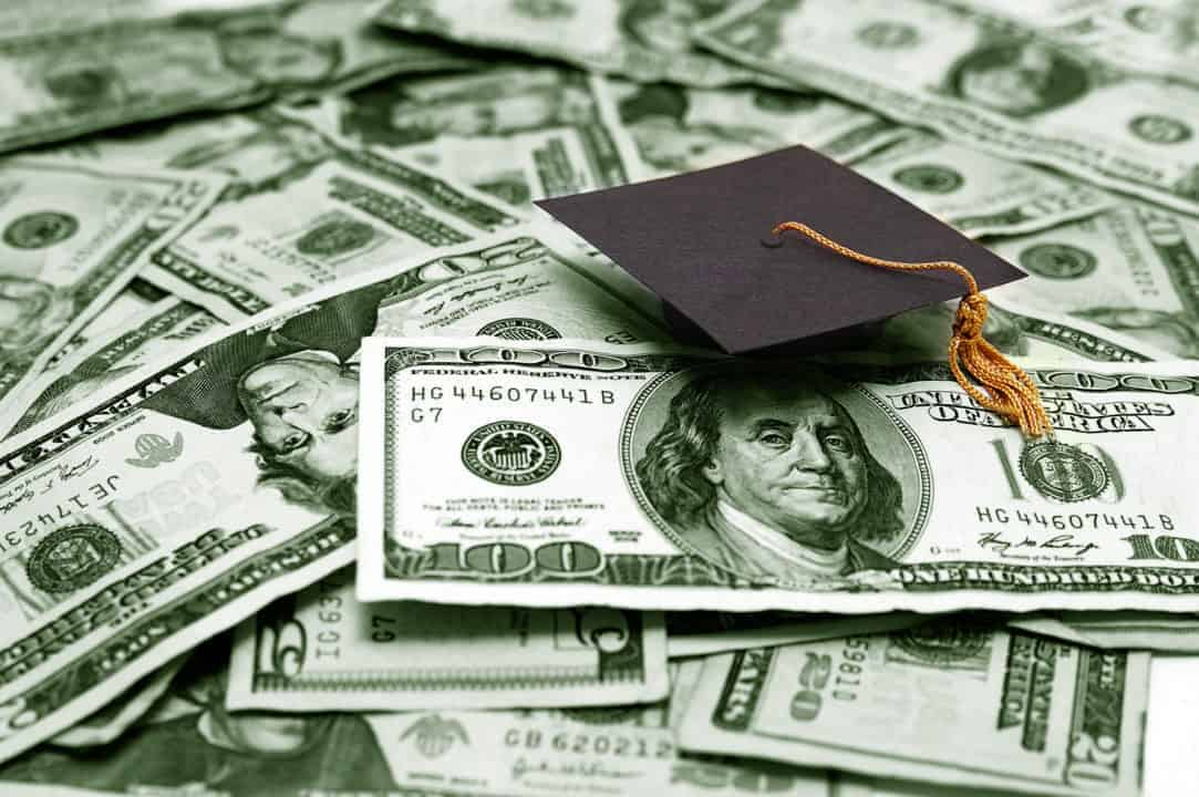 Should you refinance your student loans - a complete guide