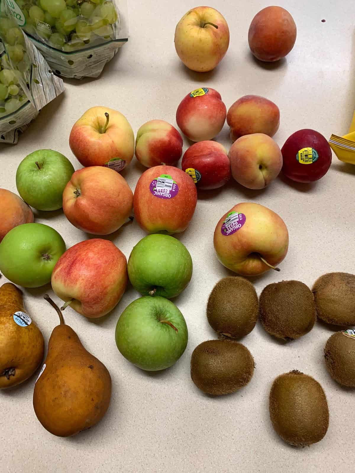 Imperfect Produce peaches