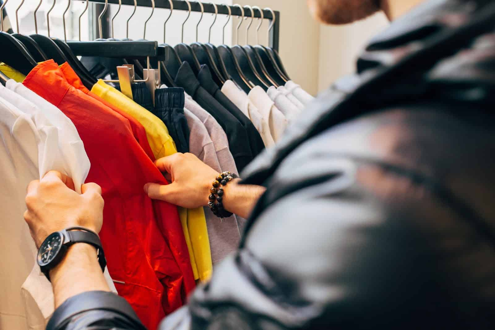 Fun jobs that pay well: Personal shopper